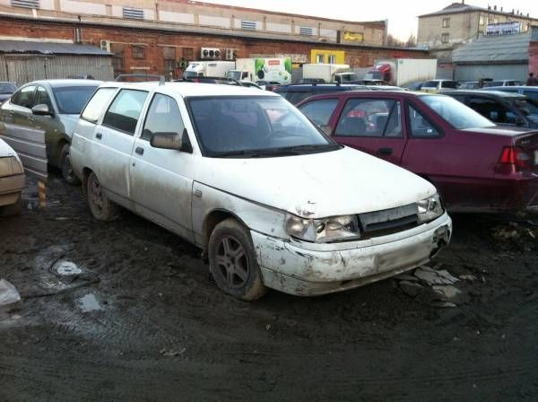 ВАЗ 2111 2001